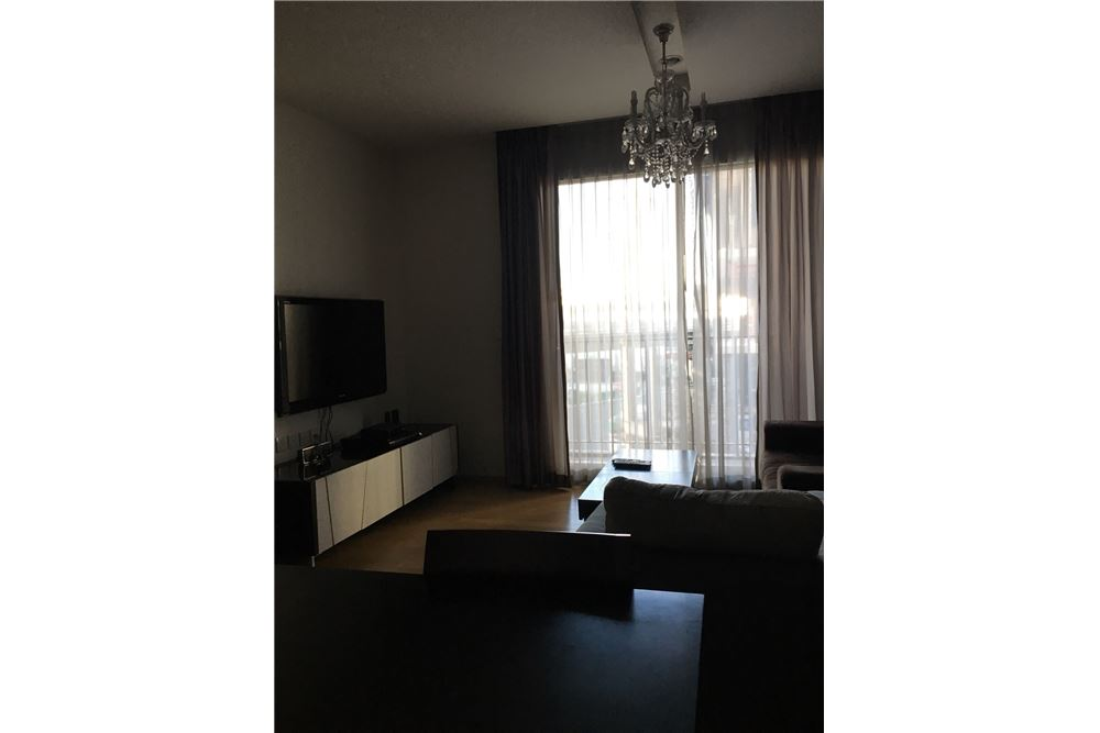 RE/MAX Executive Homes Agency's Spacious 1 Bedroom for Rent Siri @ Sukhumvit 1