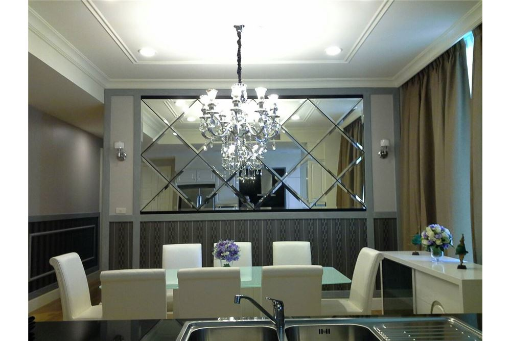 RE/MAX Executive Homes Agency's Royce Private Residence 4Bedrooms for Rent 4