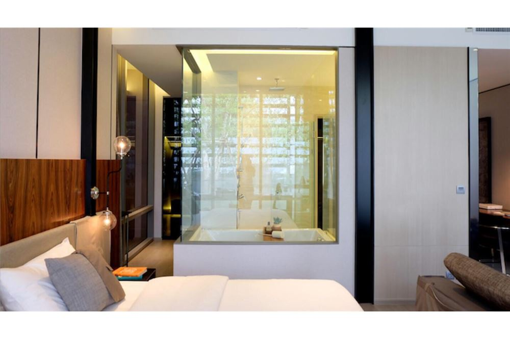 RE/MAX Executive Homes Agency's Brand New 1 Bedroom for Sale Ashton Silom 2