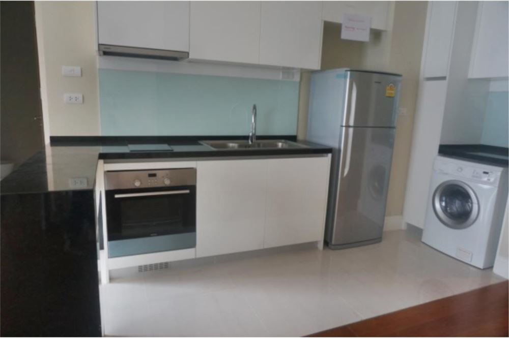RE/MAX Properties Agency's FOR RENT Bright Sukhumvit 24  2BED 86 SQM 2