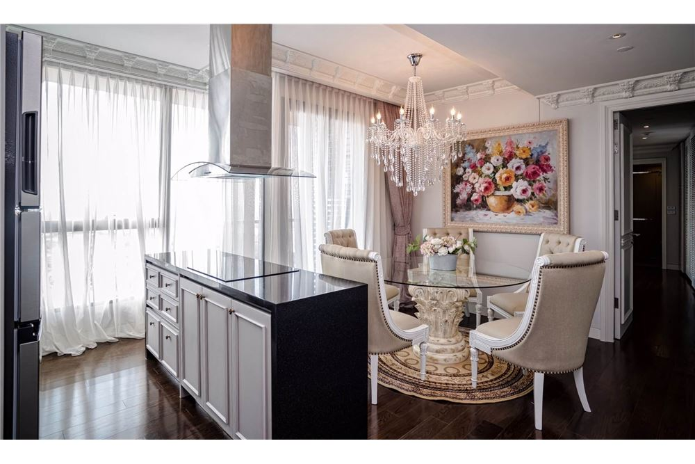 RE/MAX Executive Homes Agency's Stunning 3 Bedroom for Sale Lumpini 24 9