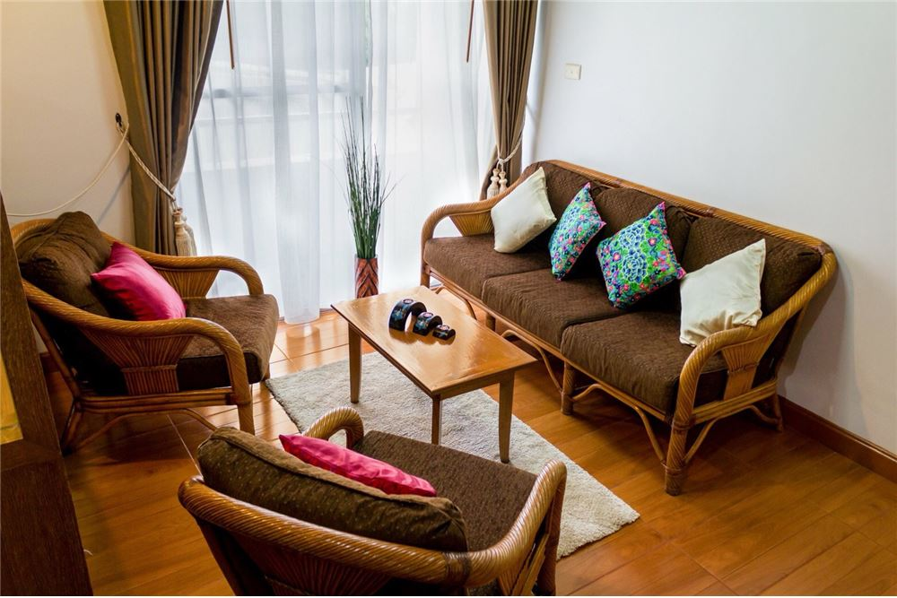 RE/MAX CASA Agency's For Rent 39 Suites 2 bedroom corner 3