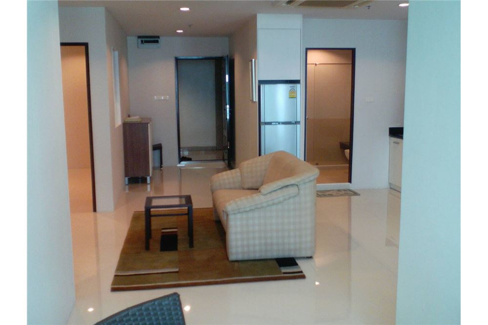 RE/MAX Properties Agency's For RENT 2 BEDROOMs at Sukhumvit Living Town 5