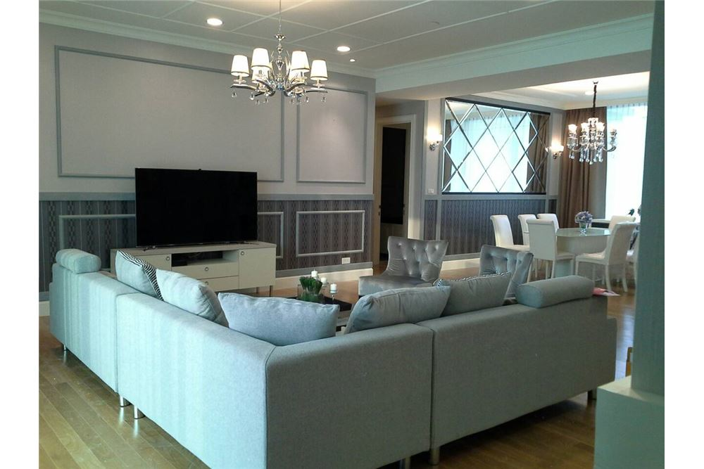 RE/MAX Executive Homes Agency's Royce Private Residence 4Bedrooms for Rent 9