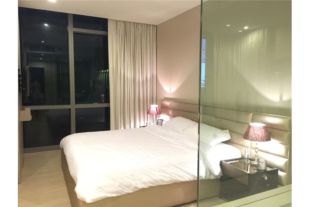 RE/MAX Properties Agency's RENT The room sukhumvit 21 1BED 50SQM. 13