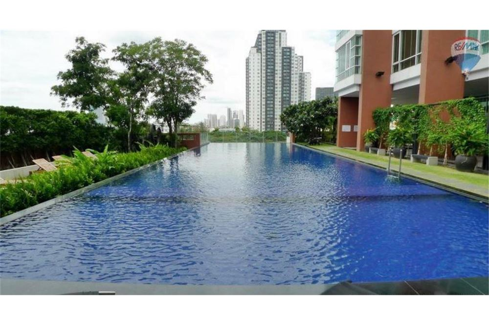 RE/MAX Properties Agency's FOR RENT FULLERTON SUKHUMVIT  3BED 153SQM 7