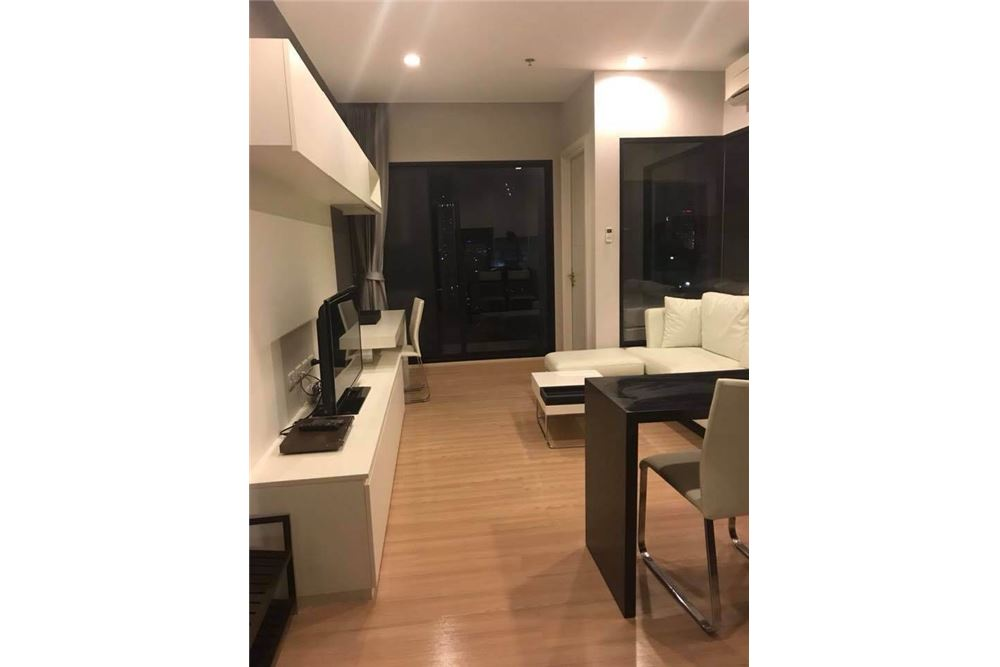 RE/MAX Properties Agency's SALE Urbano Absolute Sathon-Taksin 1BED 38SQM. 2