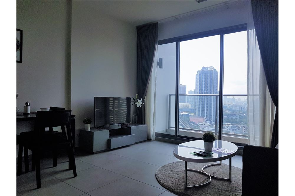 RE/MAX Executive Homes Agency's *for SALE* 1br @Lofts Ekkamai, 8.5mb +rental lease 2