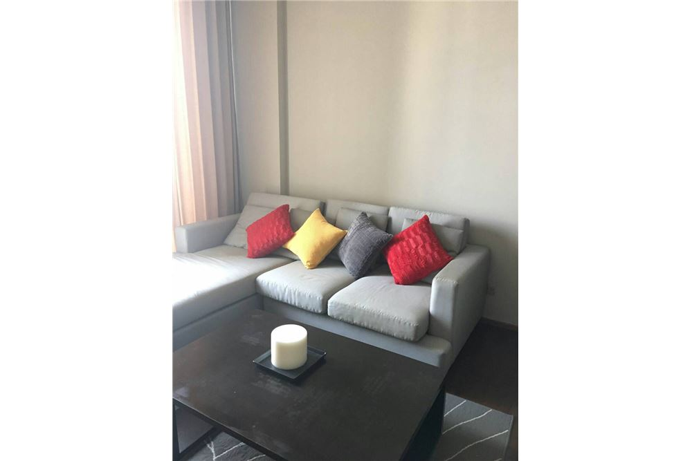 RE/MAX Executive Homes Agency's Lovely 1 Bedroom for Sale with Tenant Quattro 1