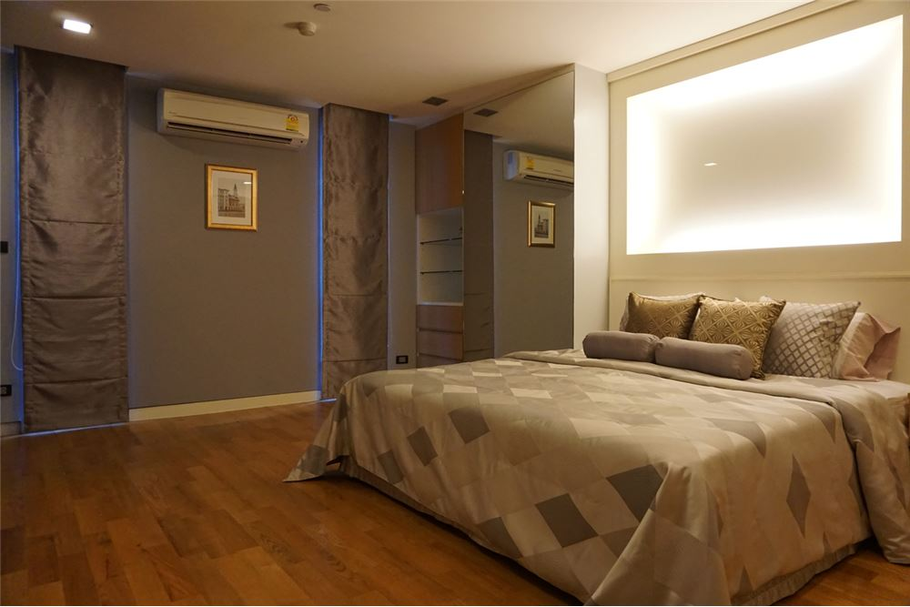 RE/MAX Executive Homes Agency's Quad Silom / 1 Bedroom / For Rent  / 35K 3