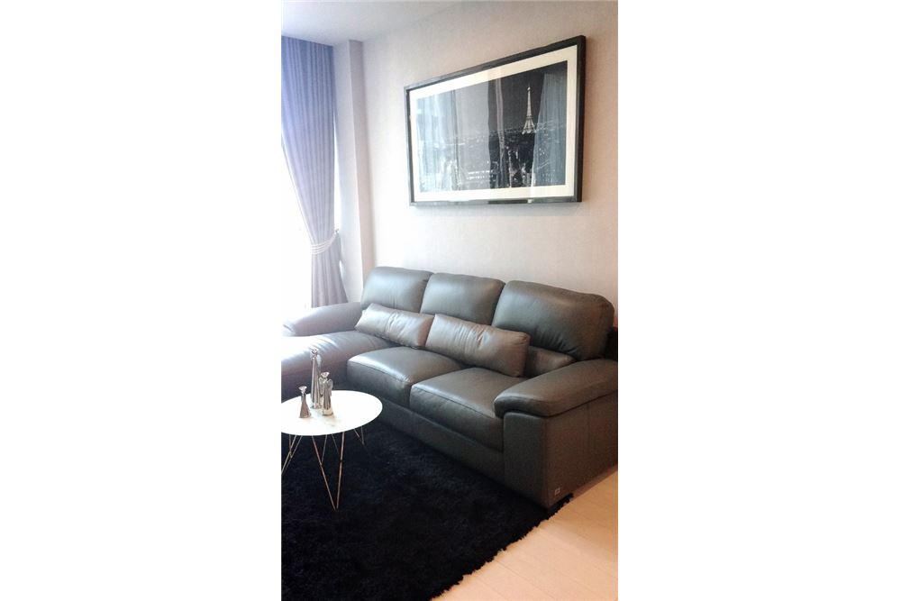 RE/MAX Properties Agency's RENT Noble Ploenchit 2BED 84SQM. 3