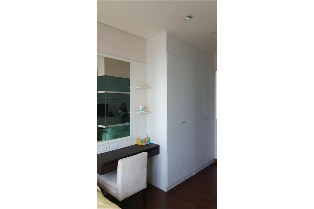 RE/MAX Executive Homes Agency's Spacious 1 Bedroom for Rent Ivy Thonglor 4