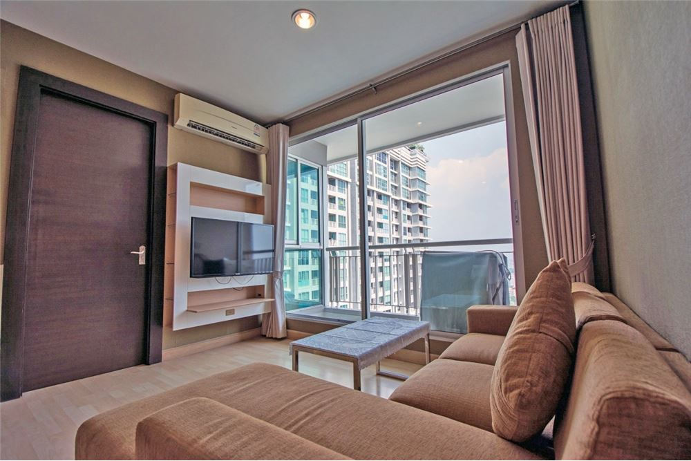 RE/MAX Properties Agency's 2 Beds for rent at Rhythm Ratchada 2
