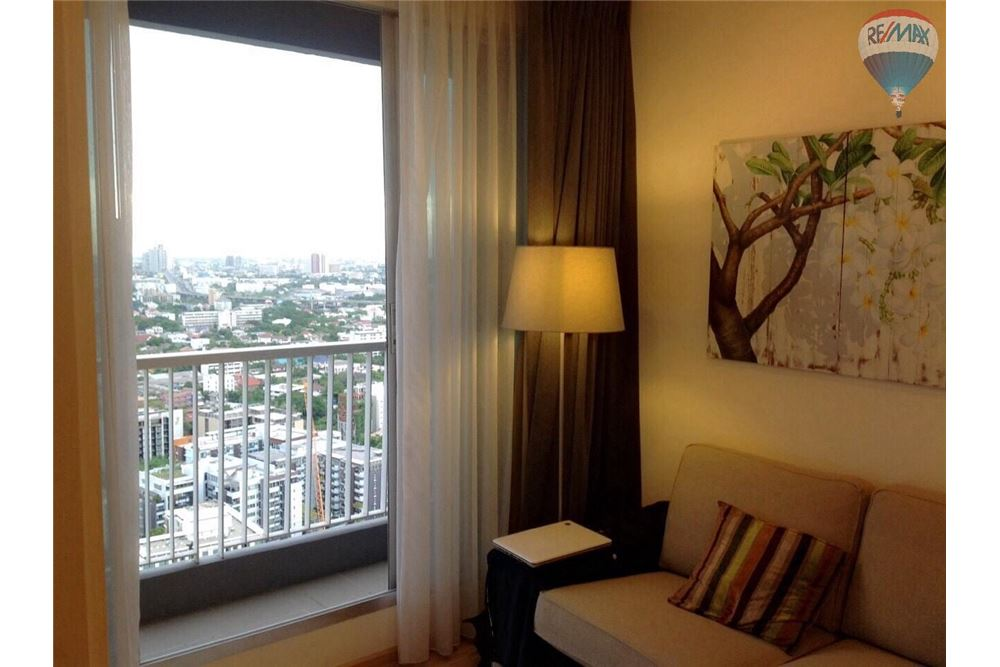 RE/MAX Properties Agency's Condo for Rent Rhythm Sukhumvit 50,Bangkok 2
