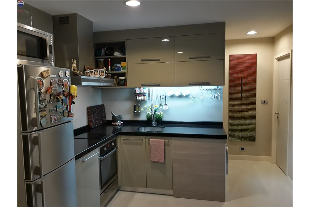 RE/MAX Properties Agency's FOR SALE THE CREST SUKHUMVIT 24 47 SQM 1 BED 7