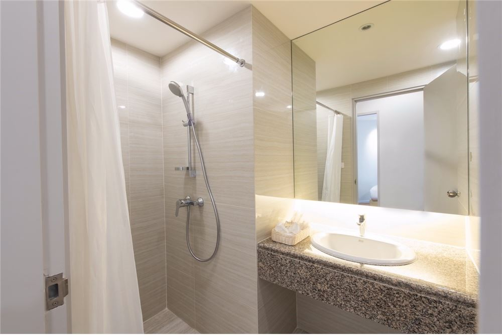 RE/MAX Executive Homes Agency's For Rent at Sathorn , Silom area 6