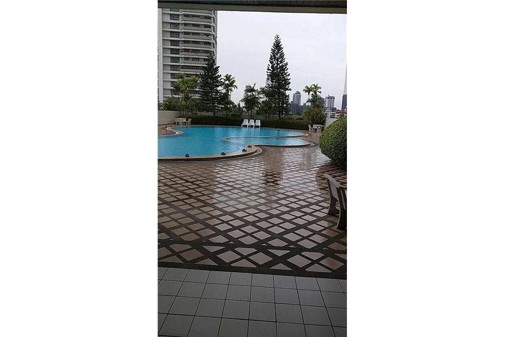RE/MAX Properties Agency's RENT Oriental Towers 3BED 350SQM. 20