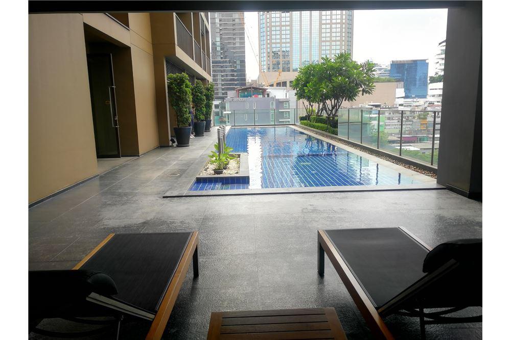RE/MAX Properties Agency's RENT NOBLE REFINE | 1 BEDROOM 14