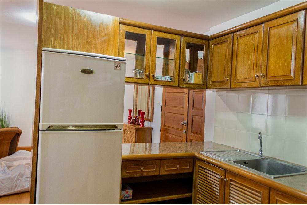RE/MAX CASA Agency's For Rent 39 Suites 2 bedroom corner 6