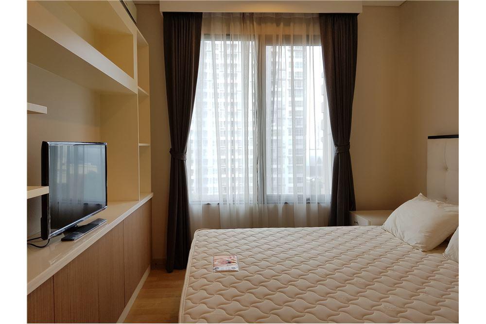 RE/MAX Executive Homes Agency's Nice 1 Bedroom for Rent Villa Asoke 1