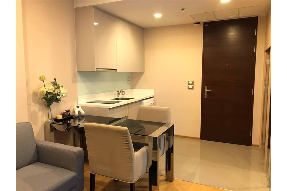 RE/MAX Properties Agency's RENT The Address Asoke 1BED 36SQM. 4
