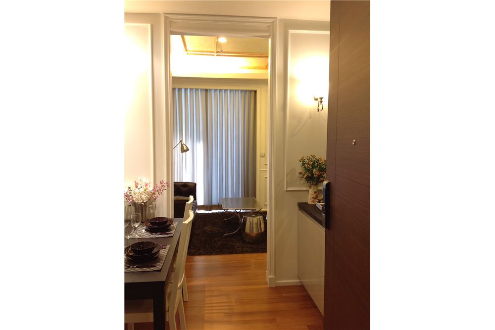 RE/MAX Executive Homes Agency's Nice 2 Bedroom for Rent Quattro Thonglor 5
