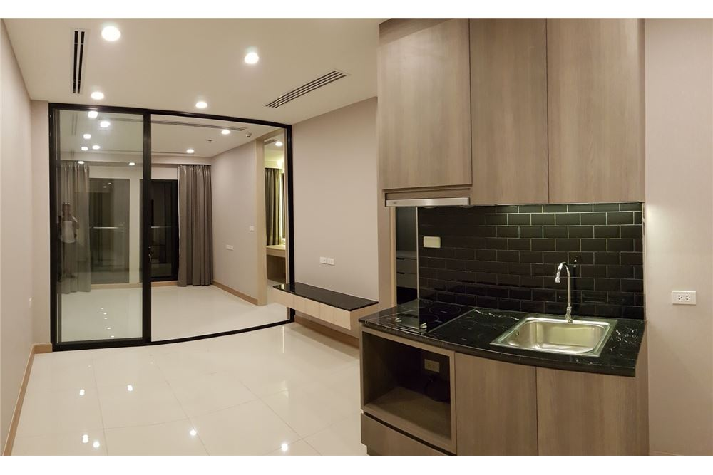 RE/MAX Properties Agency's 1 Bed for rent 55,000 THB 1