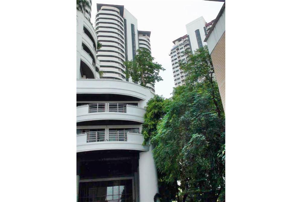 RE/MAX Properties Agency's Floraville Condominium Suite 303 sq.m., 9.5 MB 17