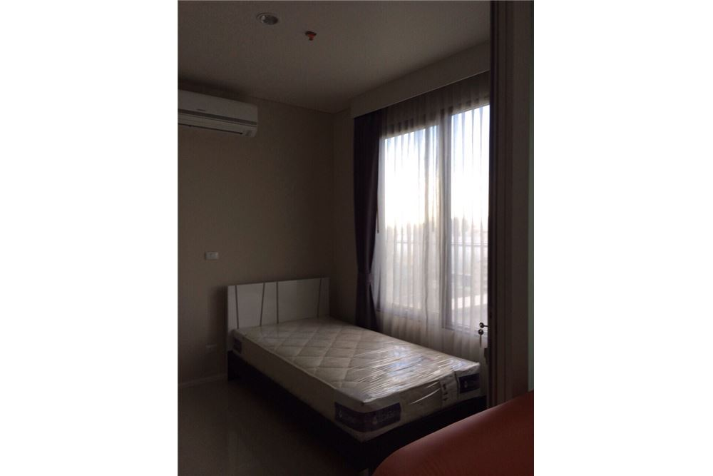 RE/MAX Executive Homes Agency's Nice Duplex 1 Bedroom For Rent Villa Asoke 3