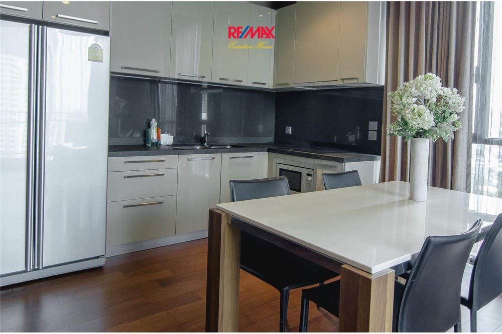 RE/MAX Executive Homes Agency's 2 Bedroom for Rent Quattro Thonglor 3