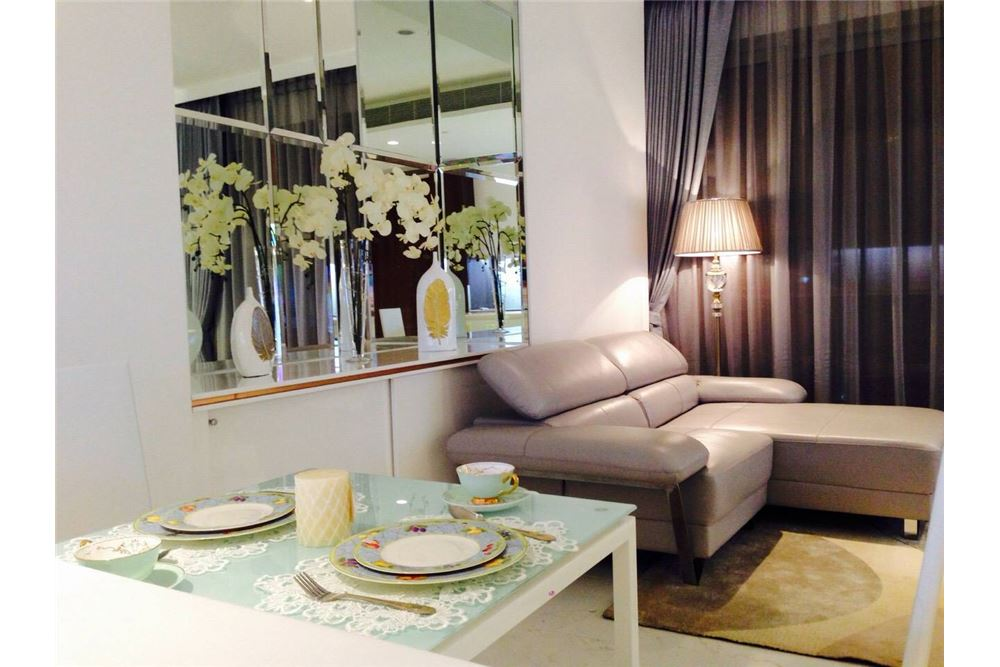RE/MAX Properties Agency's 1 Bed for rent 80,000 at Rajadamri 6