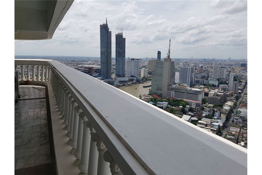RE/MAX Properties Agency's SALE State Tower 3BED 191SQM. 4