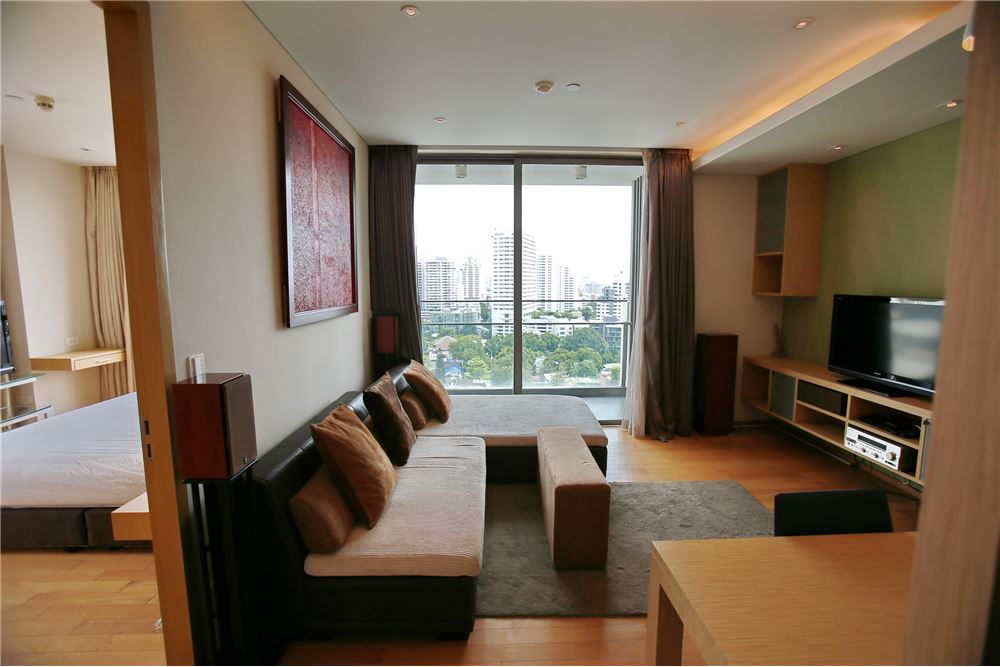 RE/MAX Executive Homes Agency's AEQUA / 1 Bedroom for Rent / near BTS Phrom Phong 2