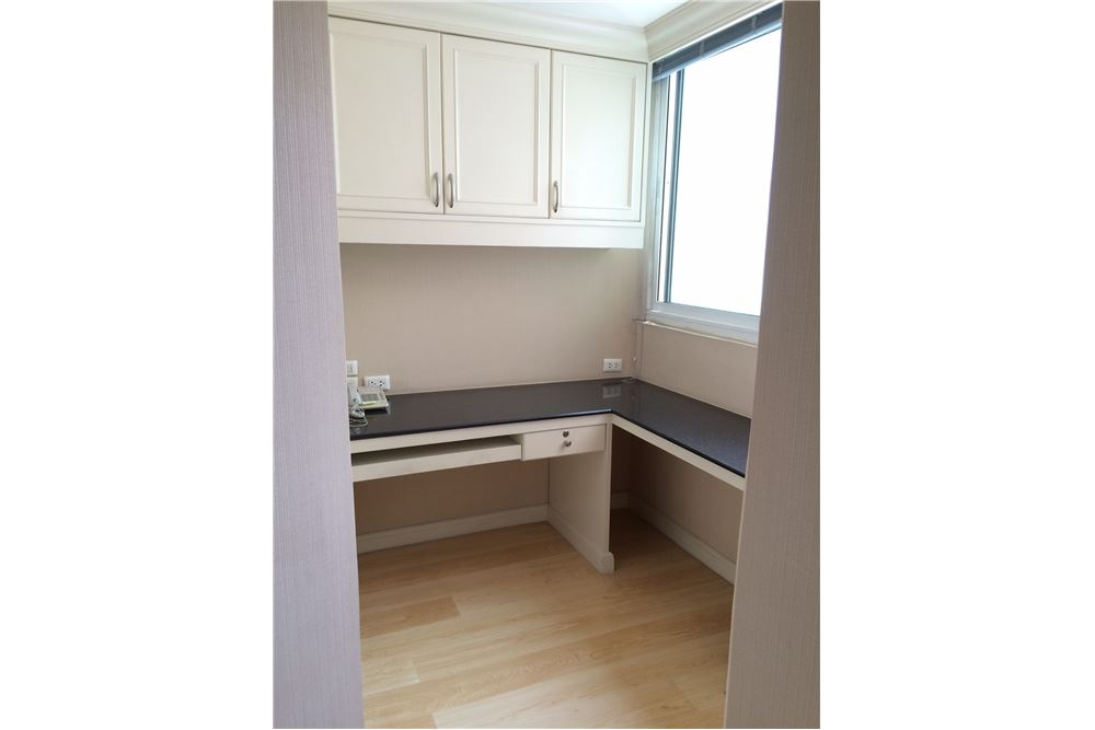 RE/MAX Properties Agency's New Renovated 2 bed for sale 8.5 MB. 120 sq.m., 12