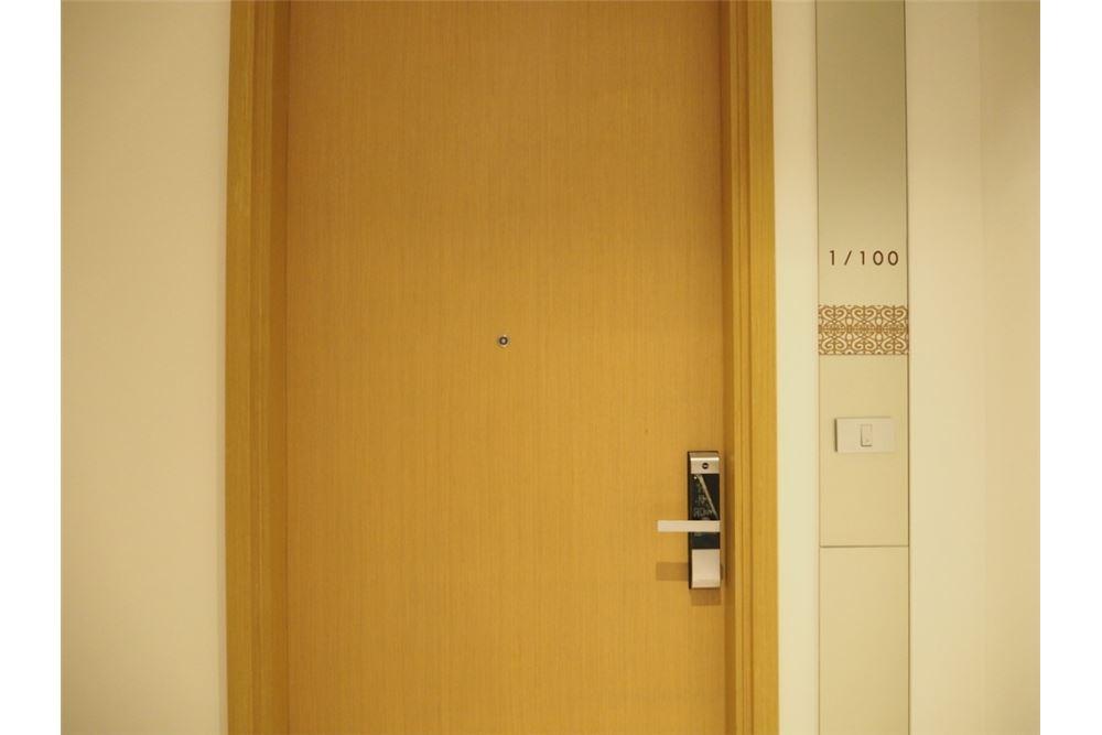 RE/MAX Properties Agency's Hyde Sukhumvit 11 2bedroom for rent 3