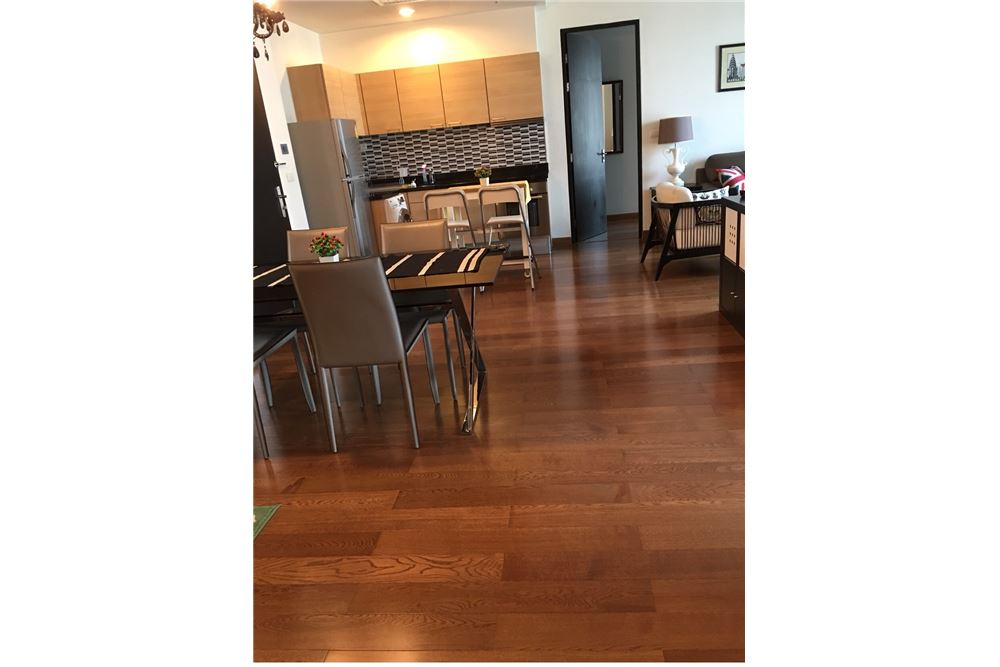 RE/MAX Executive Homes Agency's Nice 2 Bedroom for Rent Address Chidlom 6
