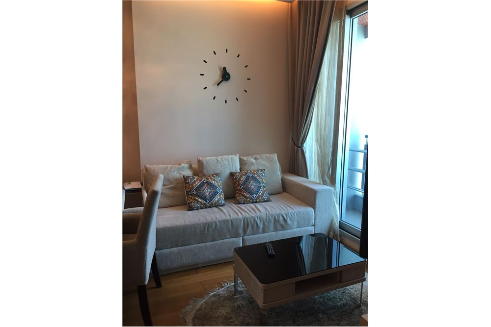 RE/MAX Executive Homes Agency's Nice 1 Bedroom for Sale Address Asoke 2