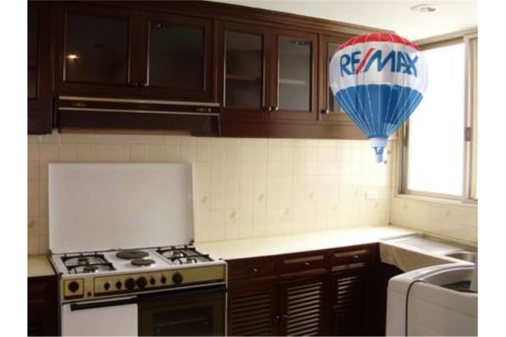 RE/MAX Properties Agency's FOR RENT  TAIPING TOWER SUKHUMVIT 63  2BED 116SQM 11