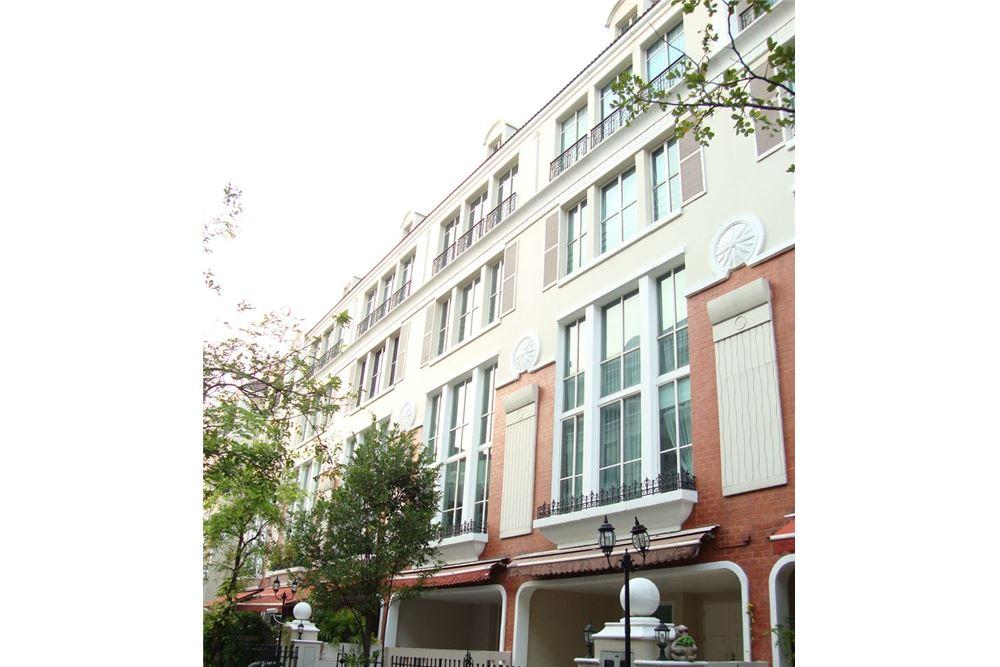 RE/MAX Executive Homes Agency's For Rent Townhouse at Moo Bann Klang Krung Thongl 1