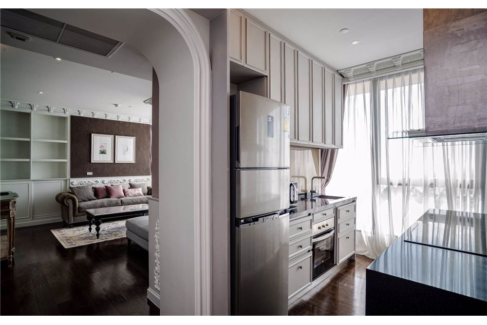 RE/MAX Executive Homes Agency's Stunning 3 Bedroom for Sale Lumpini 24 11