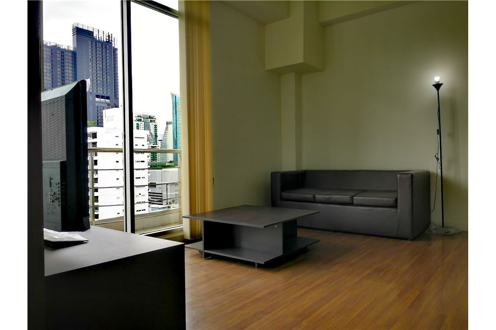 RE/MAX Properties Agency's The Trendy Condominium for rent | One bedroom 13