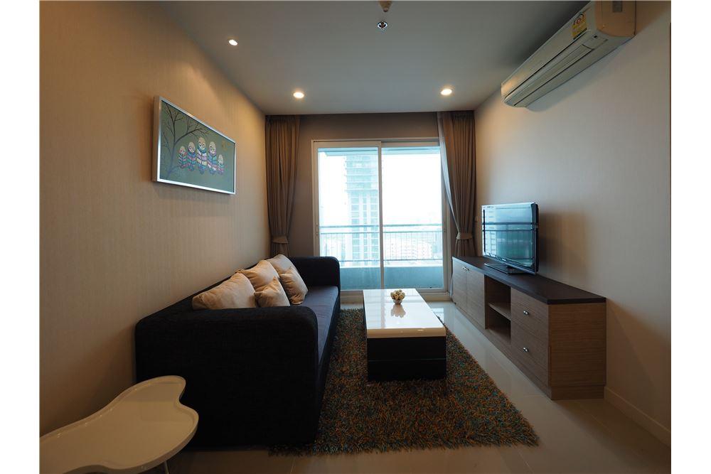 RE/MAX Properties Agency's RENT Circle Condominium 1 Bed 45sqm 1
