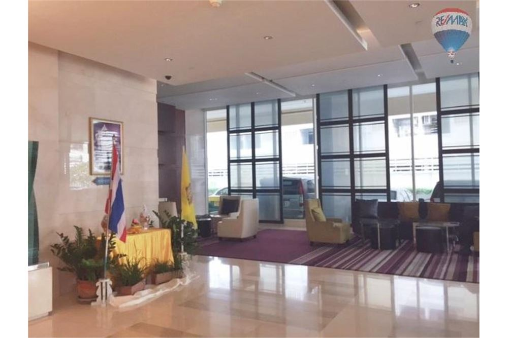 RE/MAX Properties Agency's Wilshire Sukhumvit 22 Condominium for sale 3