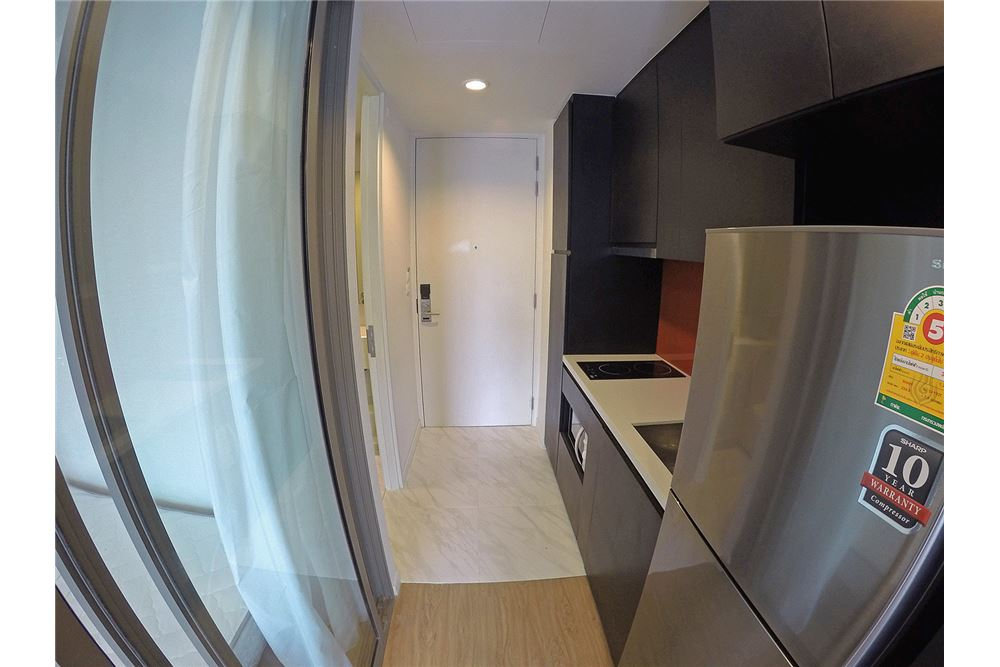 RE/MAX Properties Agency's for rent Siamese Surawong 1bedroom 4