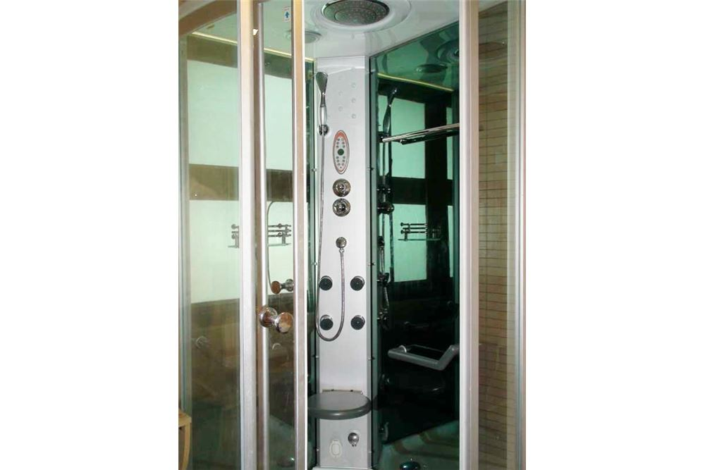 RE/MAX Properties Agency's Floraville Condominium Suite 303 sq.m., 9.5 MB 14