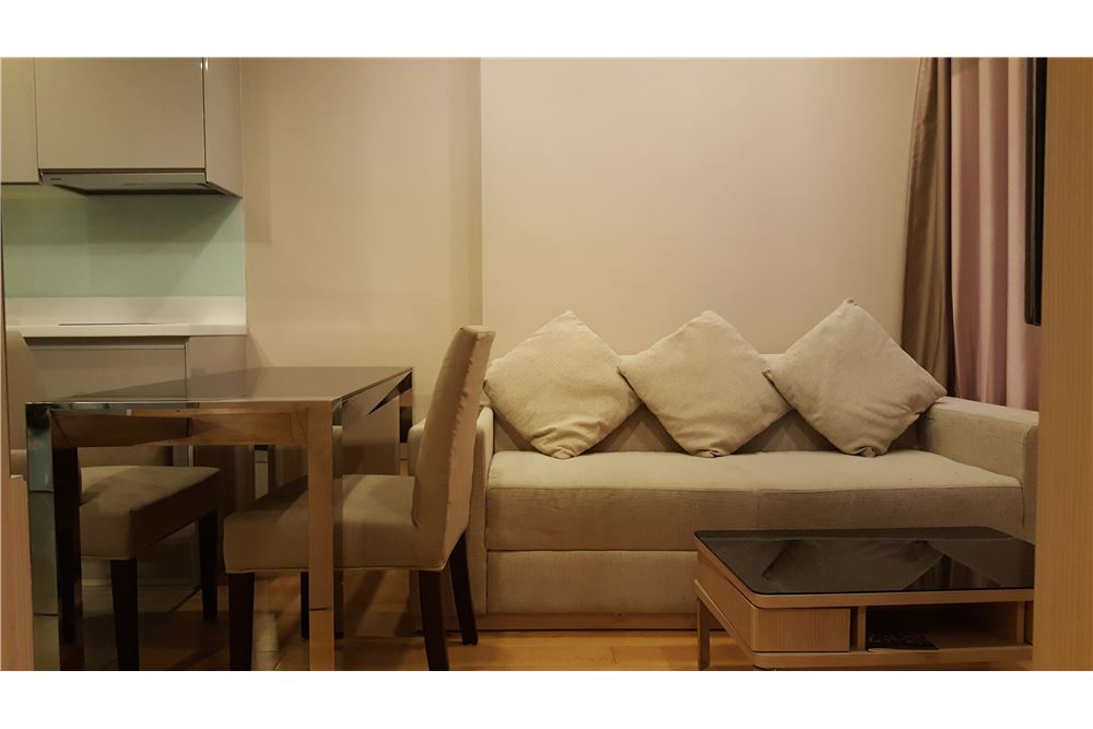 RE/MAX Executive Homes Agency's Cozy 1 Bedroom for Rent Address Asoke 2