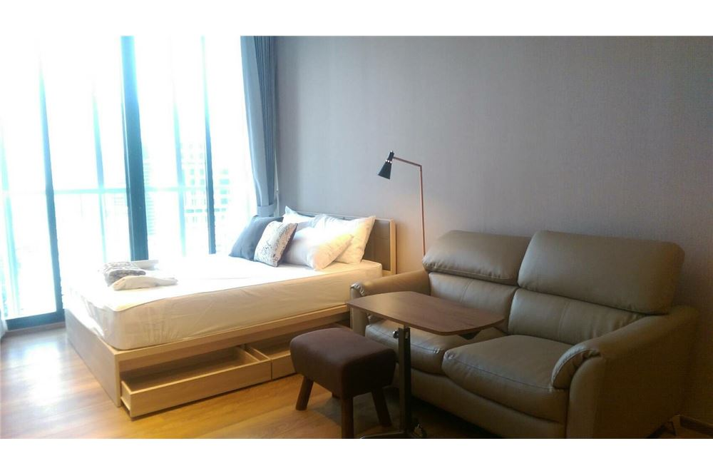 RE/MAX Properties Agency's 1 bed for rent 25,000 at Park 24 6