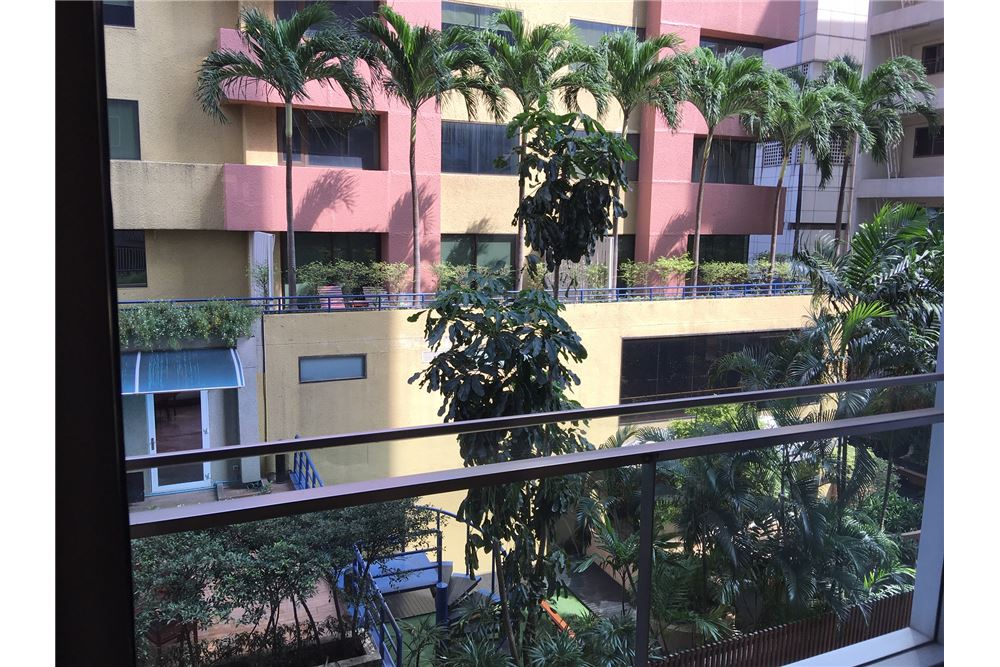RE/MAX Executive Homes Agency's Saladaeng Residences / 1 Bed / For Rent / 50k 6