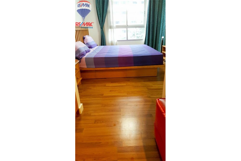 RE/MAX Properties Agency's FOT SALE The Clover Thonglor 1BED 37SQM. 1
