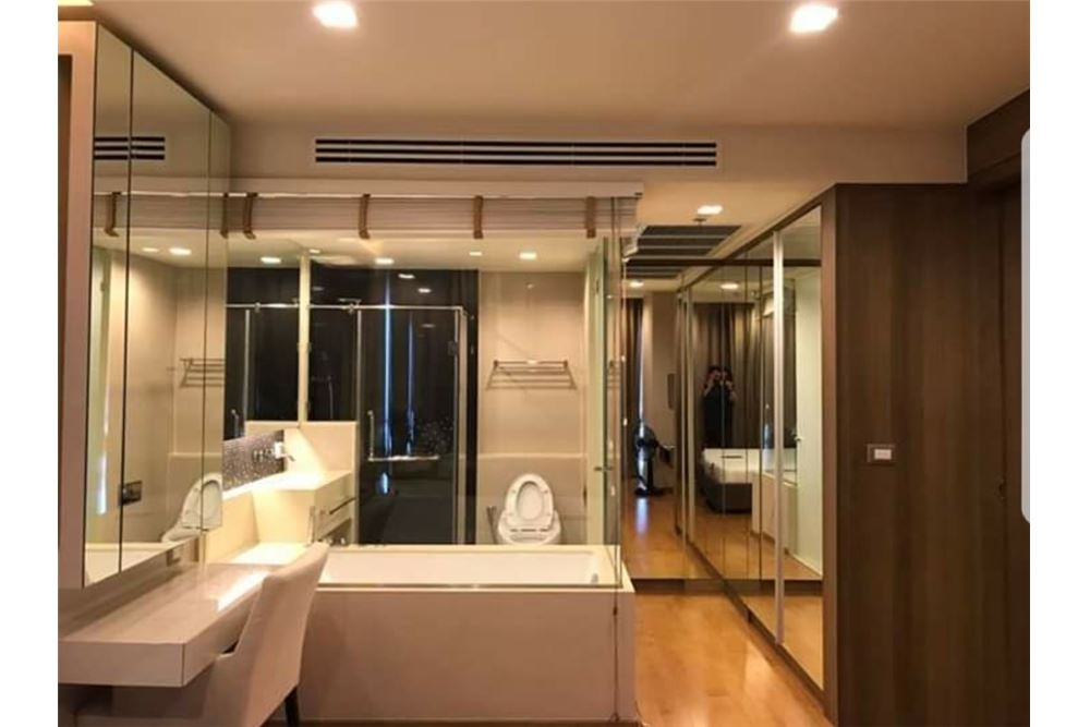 RE/MAX Executive Homes Agency's Spacious 1 Bedroom for Sale Address Sathorn 4